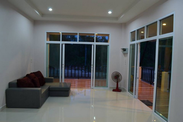1.2m modern 3 bedroom house review (12)