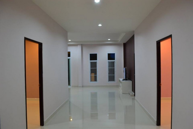 1.2m modern 3 bedroom house review (14)