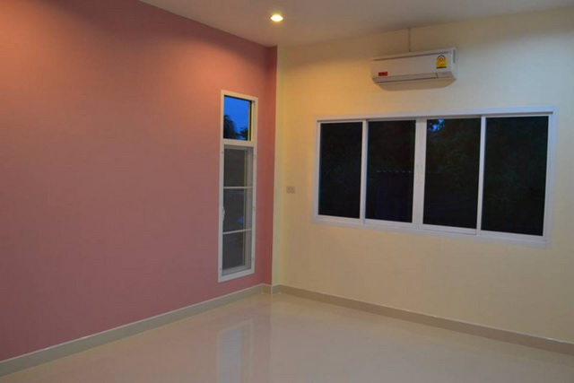 1.2m modern 3 bedroom house review (16)