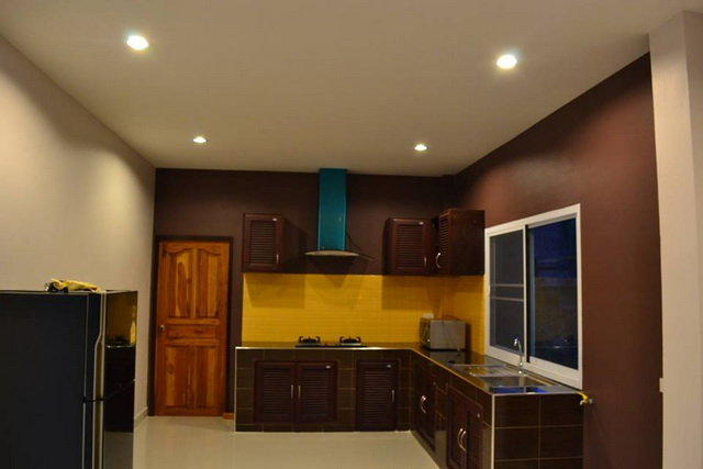 1.2m modern 3 bedroom house review (17)