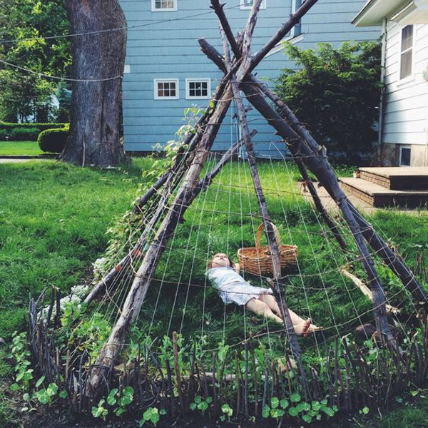 10-outdoor-teepee-for-kids-playhouse (11)