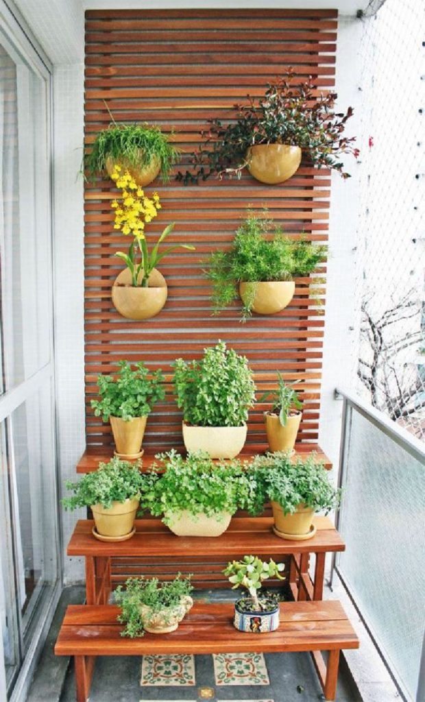 12 Ideas How To Use Wooden Screens For Indoor And Outdoor (8)