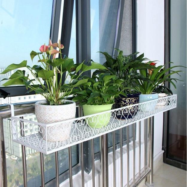 15-flower-pot-designs-of-balcony (13)