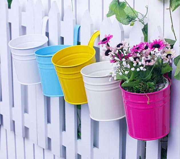 15-flower-pot-designs-of-balcony (2)