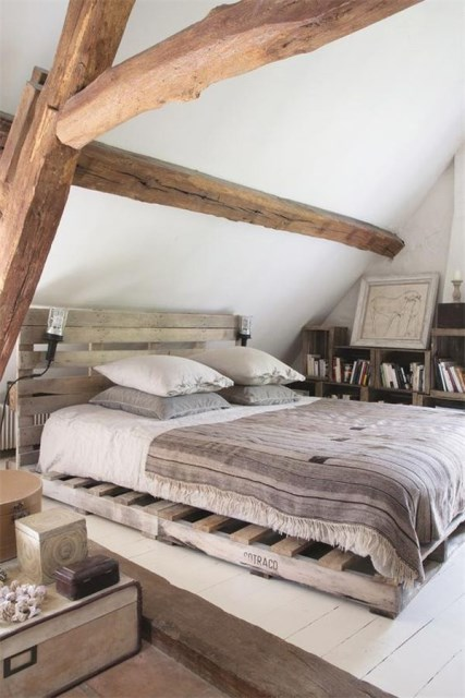 15-simple-diy-bed-frames-with-pallet-boards (11)