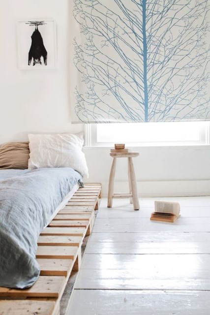 15-simple-diy-bed-frames-with-pallet-boards (16)