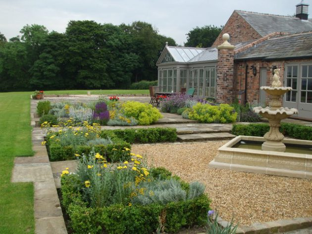 16-attractive-garden-designs-in-country-style (2)