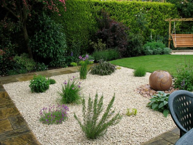 16-attractive-garden-designs-in-country-style (5)