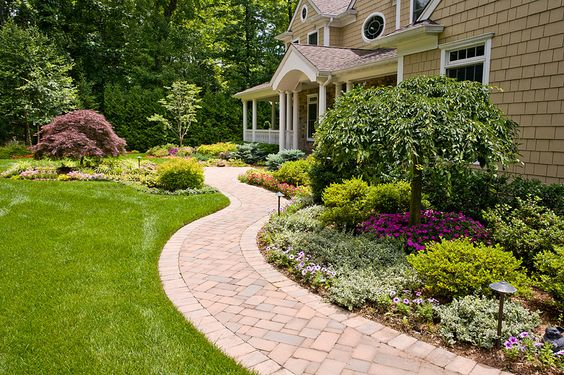17-front-yard-designs (13)