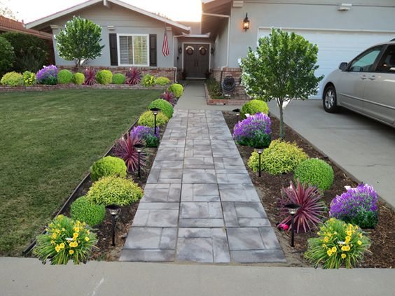 17-front-yard-designs (8)
