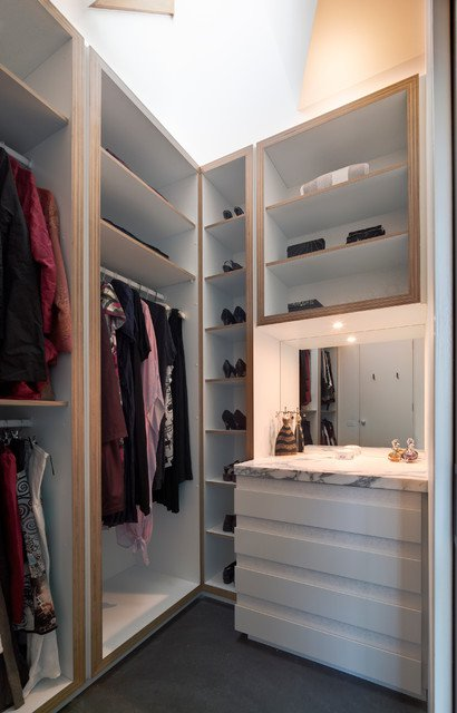 17-functional-ideas-for-designing-small-wardrobe (18)