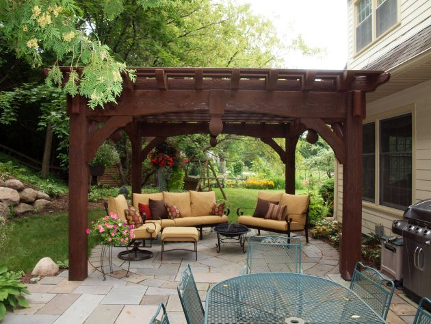17-ideas-decorate-your-small-patio-properly (5)