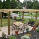 17 ไอเดียการจัดสวนหย่อมหลังบ้าน พร้อมซุ้มไม้แบบทรอปิคอล ร่มรื่น อิงแอบธรรมชาติ
