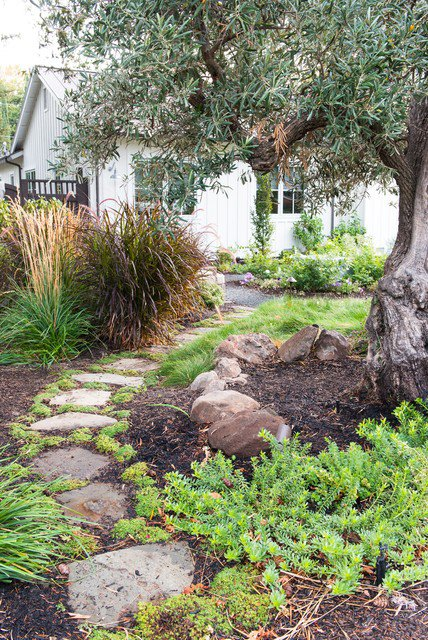18-creative-garden-path-ideas (10)