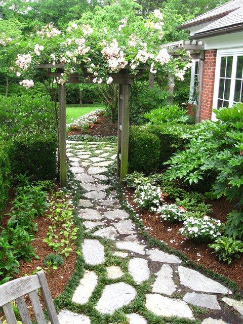 18-creative-garden-path-ideas (13)