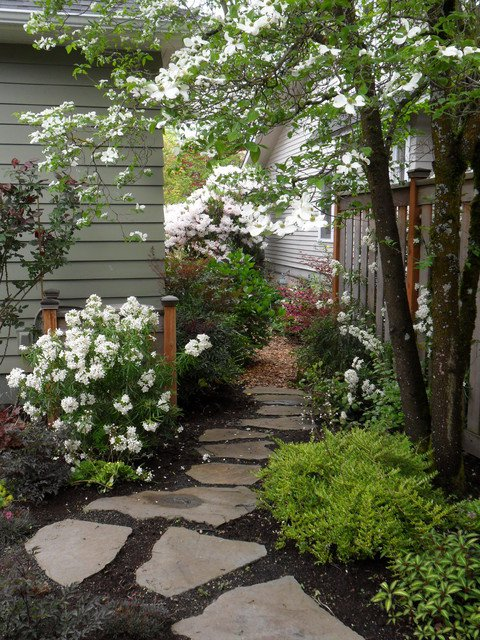 18-creative-garden-path-ideas (16)