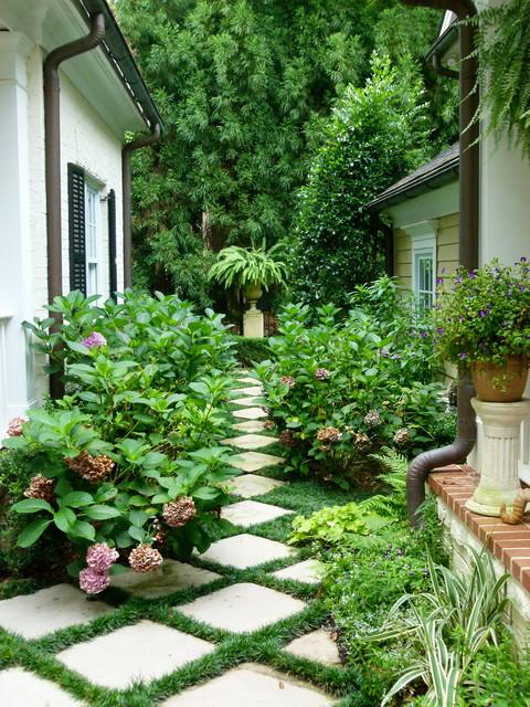 18-creative-garden-path-ideas (2)