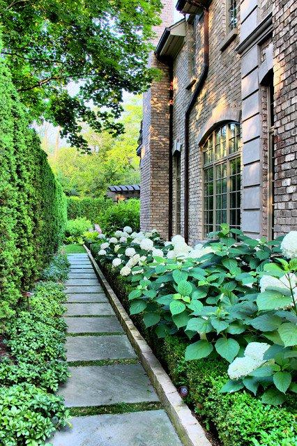 18-creative-garden-path-ideas (4)