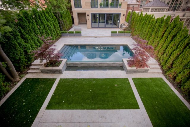 18-landscaping-around-the-swimming-pool (15)