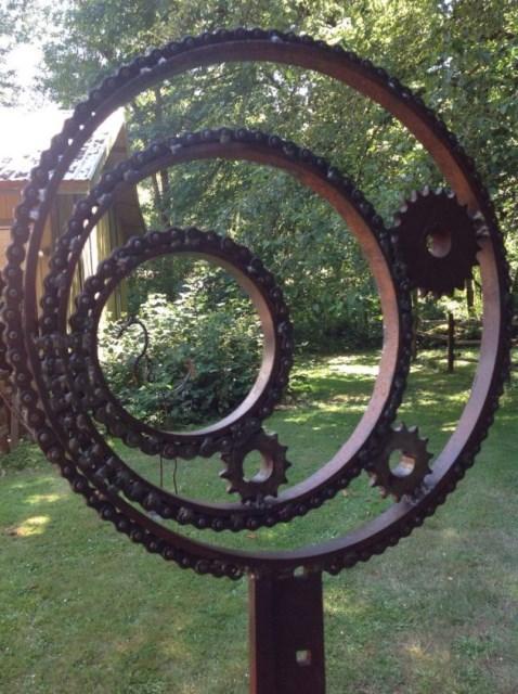 19-diy-rusted-metal-beautify-yard (13)