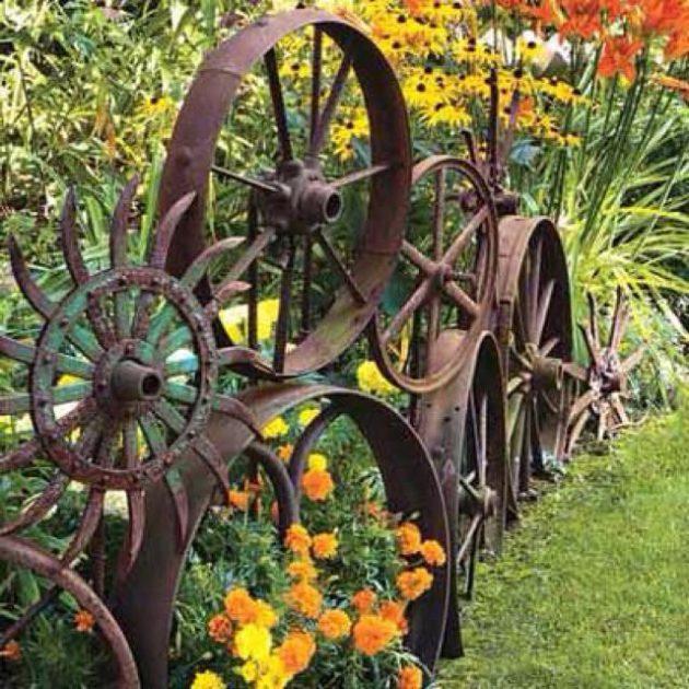 19-diy-rusted-metal-beautify-yard (4)