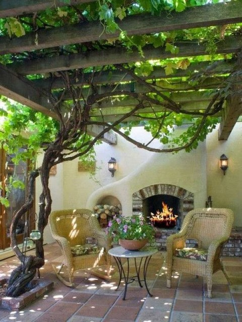 20-beautiful-and-natural-grape-arbor-ideas (18)