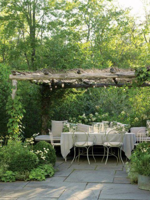 20-beautiful-and-natural-grape-arbor-ideas (4)