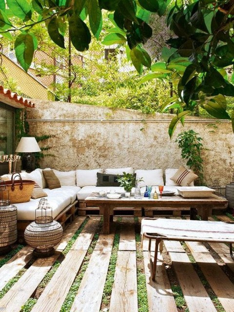 20-beautiful-private-outdoor-spaces-to-relaxing-ambiance (4)