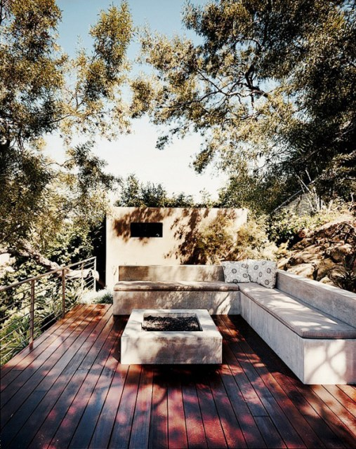 20-beautiful-private-outdoor-spaces-to-relaxing-ambiance (8)