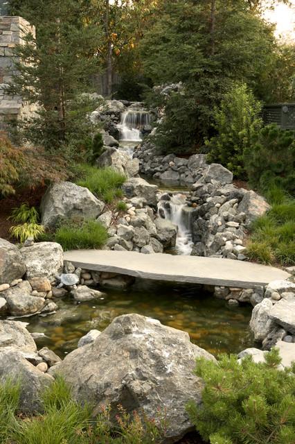 20-waterfall-designs-to-backyard (5)