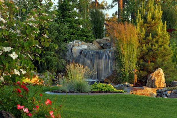 20-waterfall-designs-to-backyard (8)