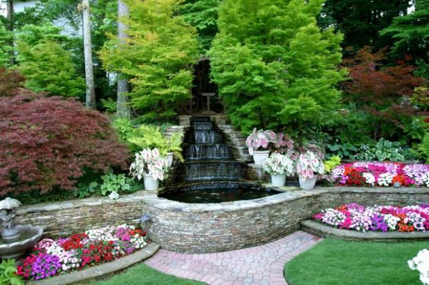 20-waterfall-designs-to-backyard (9)