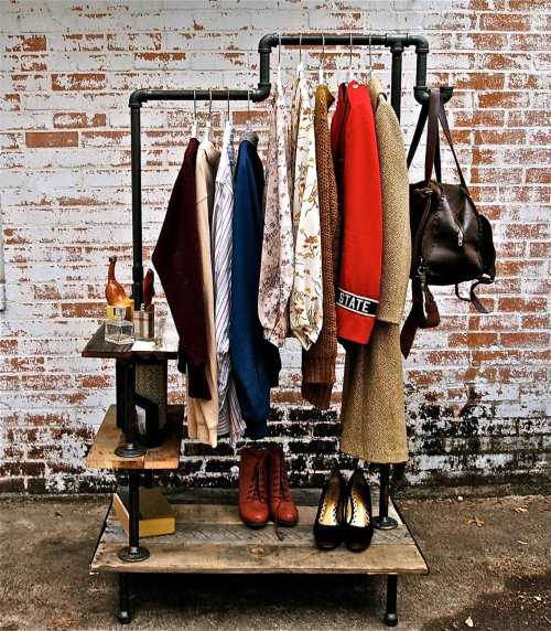 21-closet-designs-for-small-spaces (9)