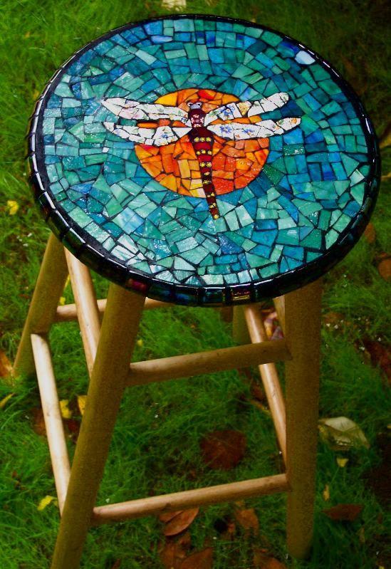 21-magnificent-diy-mosaic-garden-decorations (14)