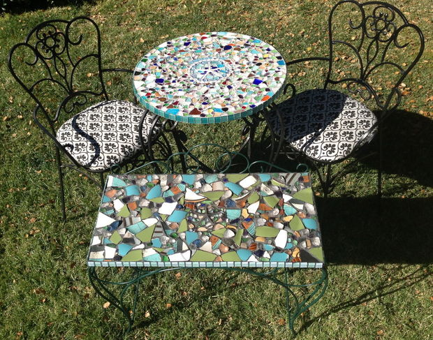21-magnificent-diy-mosaic-garden-decorations (2)