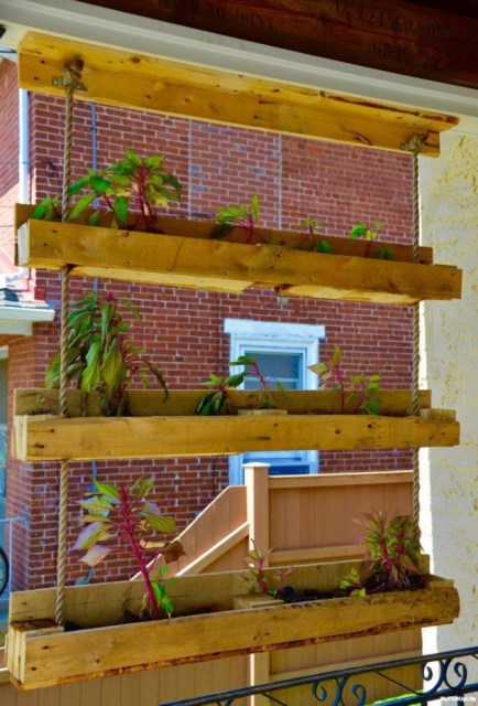 21-outstanding-diy-pallet-projects (3)