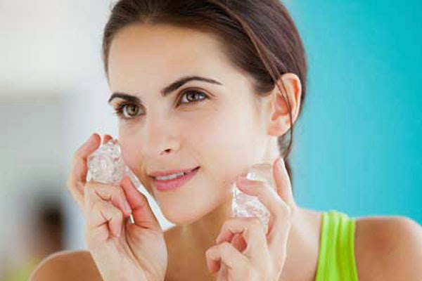 7 ways to reduce pore size on face (3)