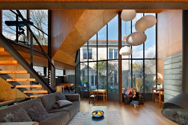 Modern Home Modern shapes and materials (1)