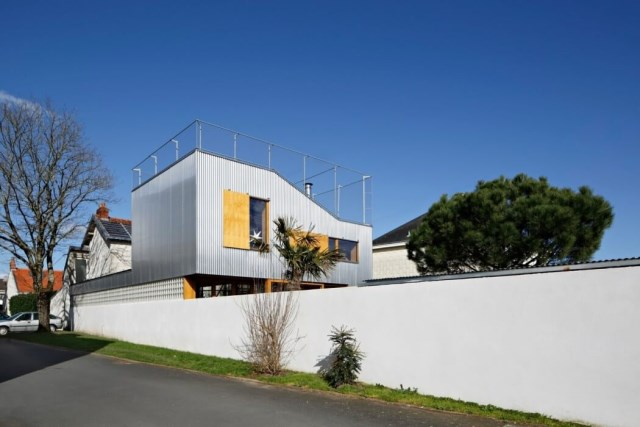 Modern Home Modern shapes and materials (7)