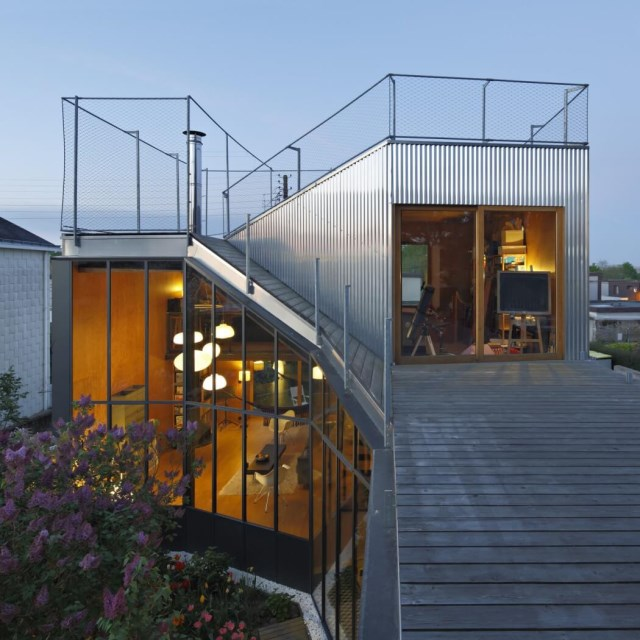 Modern Home Modern shapes and materials (8)