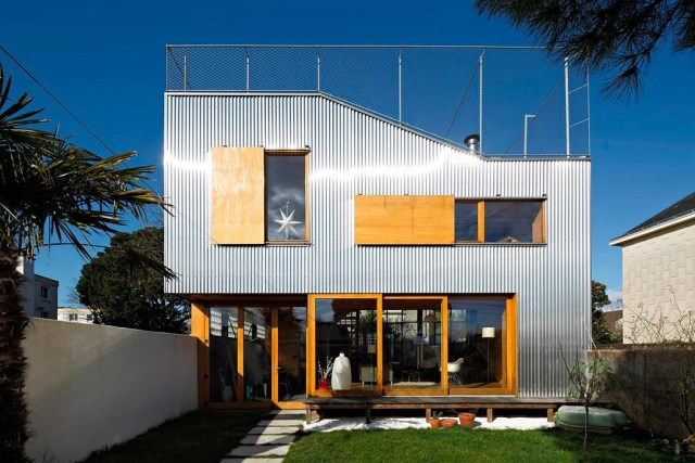 Modern Home Modern shapes and materials (9)