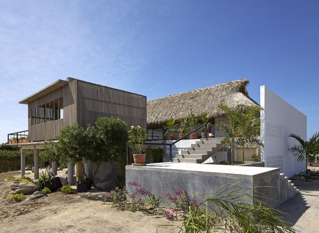 Modern cement houses relaxation resort style (18)