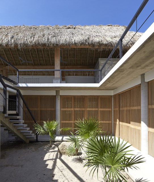 Modern cement houses relaxation resort style (3)