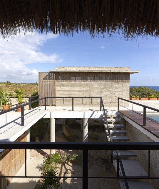 Modern cement houses relaxation resort style (8)