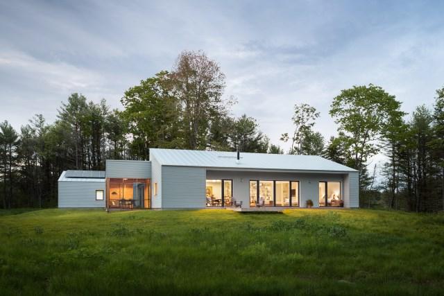 Modern cottage house Minimalist decor (1)