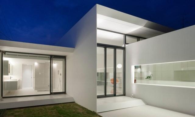 Modern house white tone (13)
