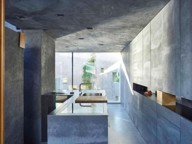 Modern houses of concrete (2)