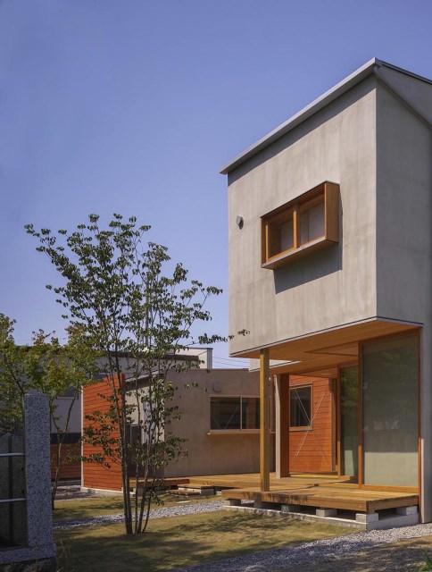 Modern minimal House Shades of gray (1)