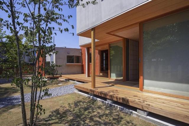 Modern minimal House Shades of gray (2)