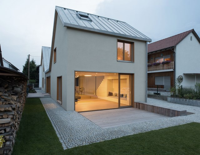 Two-storey house minimalist style (1)